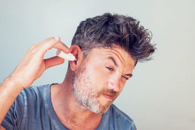 درمان خانگی جرم گوش   6 روش تمیز کردن جرم گوش و درمان کیپی گوش در منزل    سمعک ملاصدرا