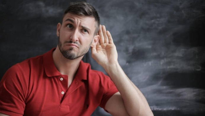 علت کم شنوایی